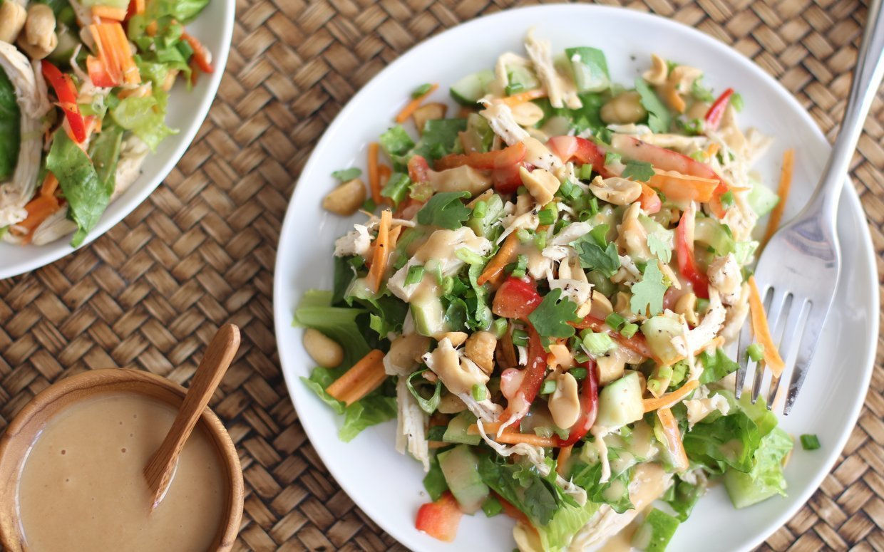 Whip up a delicious and healthy dinner with one of this tasty dinner salads!