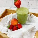 Make This Delicious Strawberry Peach Green Smoothie That Even Your Kids Will Love! Great For Breakfast!