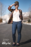 Dauphine-Skinny-Jeans-with-Julianne-Straight-On